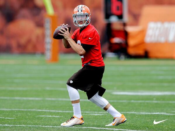 7f200890508 talent is drafted leadership is won jmanziel2 steps up in the nike vapor  carbon 2014 elite