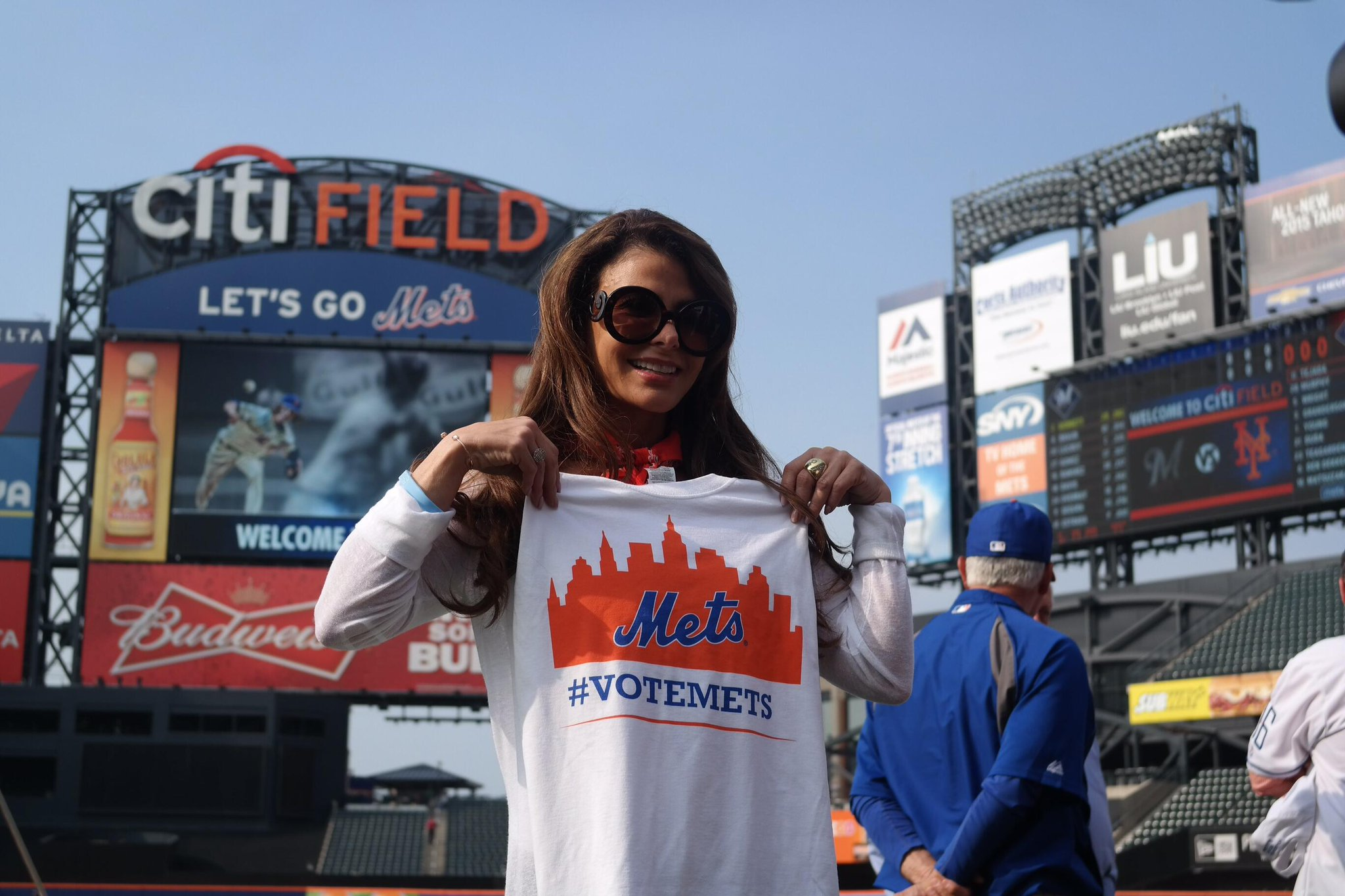 RT @Mets: .@PaulaAbdul knows about voting from X-Factor & American Idol and she wants YOU to #VoteMets! http://t.co/mE9EABk7u4 http://t.co/…