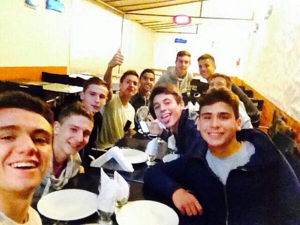 Pizza libre #OctavaGELP #CRACKS