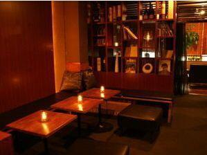 ♡ステイゴールド♡(中目黒)  カップルが静かにゆったりと過ごせる空間にこだわったお店♡  ソファー席は全席個室となっているので予約した方がいいですよ♡