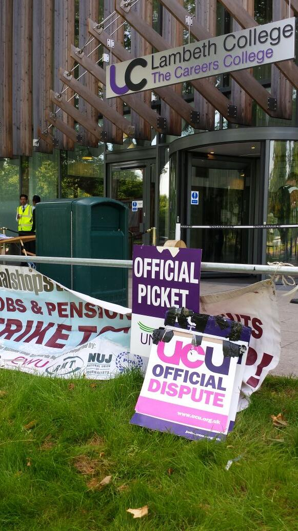 #solidarity with @LambethStrike @ucu @unisontweets http://t.co/r4WZLtpNao