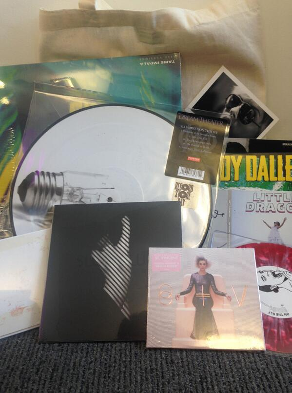 Filled to the brim with musical goodness! Simply retweet this photo to be in with a chance of winning the bag! http://t.co/XO7cN3dJ6m