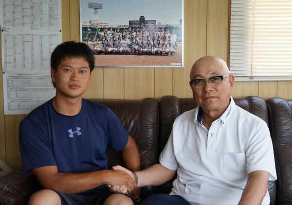 阪神タイガースの鳥谷敬選手とヤマハ硬式野球部の鳥谷司選手  - Yahoo!知恵袋