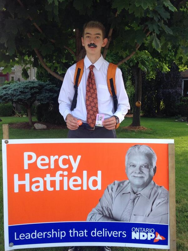 "David M Tanovich on Twitter: ""My son Evan honouring #jacklayton for school and hoping for an Orange Crush today @PercyHatfield @CBCWindsor ..."