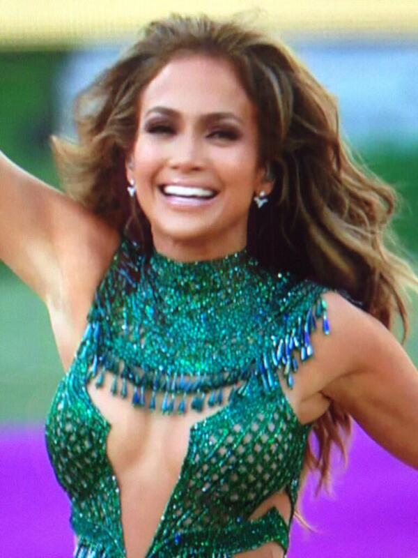 Jennifer Lopez at the opening ceremony. http://t.co/PBONA8RECQ