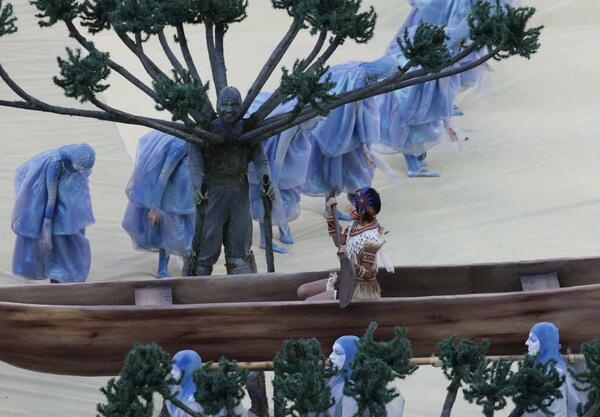 If you're missing the #WorldCup opening ceremony, but have seen Pan's Labyrinth, you're good. http://t.co/qS4zKp4dFu