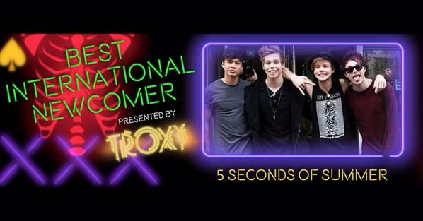 The winner of Best International Newcomer is: @5SOS! #RelentlessKerrangAwards See http://t.co/0hMeKCLJPe http://t.co/2yRcTyP9An