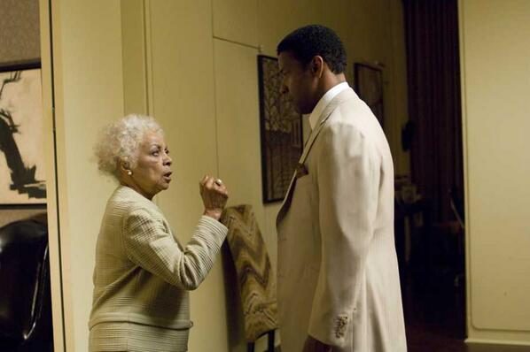 "Ruby Dee and Denzel in ""American Gangster"" http://t.co/r6iJJVPsjk"