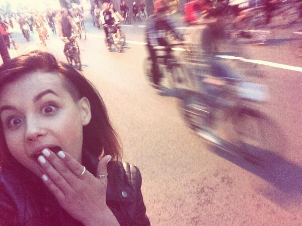 Aliya Lando  - Стая велосип twitter @Aliya_Lando