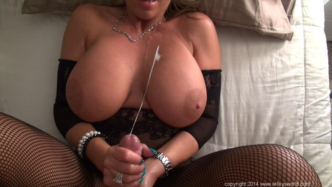 from our last update, I drain a healthy load all over my huge tits! cum see! http://t.co/kdpY2J8Wi1 http://t