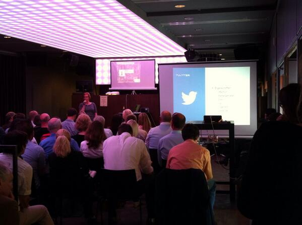 #Twitter presented by @C_Q_ live at #barsession #Dortmund. #ilike http://t.co/L5MmHY8qv3