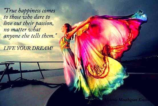 """True #happiness comes to those who dare to live out their passion...""""  @FlowerSree #JoYTrain https://t.co/yktFDZaxrV"""