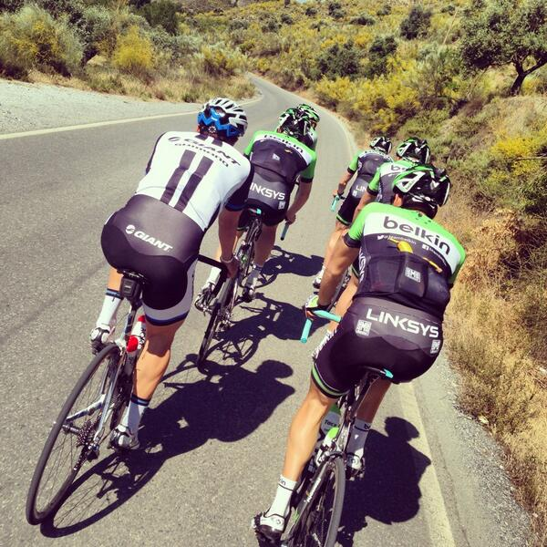 Sierra Nevada with @RGUpdate @BaukeMollema @johndegenkolb and Team Belkin, an honor to join these guys for a ride http://t.co/Ytx50TfLp0