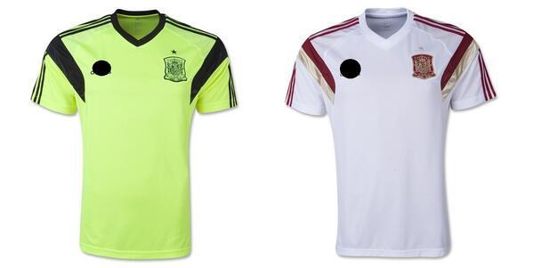 Camisetas de entrenamiento de la SELECCIÓN ESPAÑOLA. En verde y blanca. 0ebcd8bd064cf