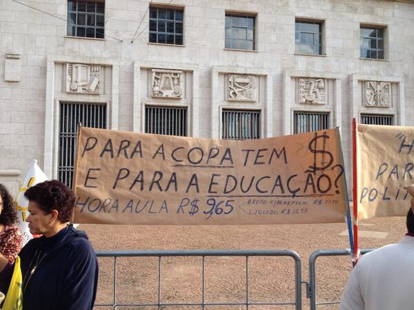 Thumbnail for A protest for Education and Futébol Popular at São Paulo City Hall