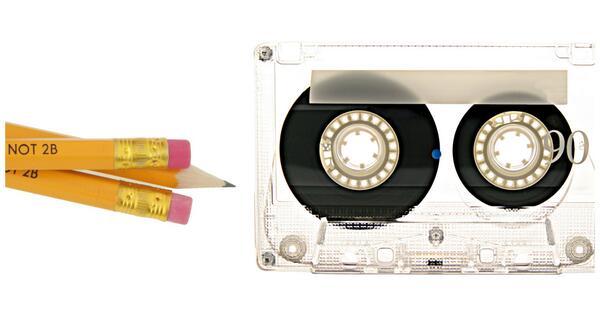 Vecuma noteikšanas tests! Spied RT, ja arī tu saproti, kāda šīm divām lietām saistība. :) http://t.co/1nRWxwZ0c3