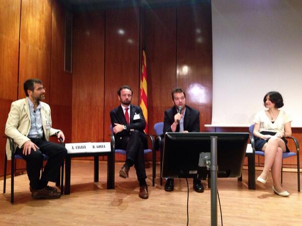 Me gusta el plató de televisión que hoy ha montado @COMBarcelona para #salut20comb #cambiacongreso http://t.co/F1HbJjrZTI