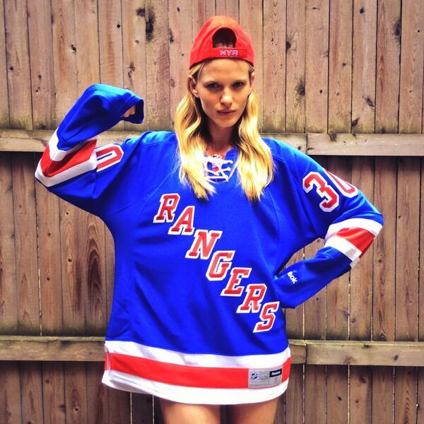 Let's Go @NYRangers!  #WewanttheCup! #nyrcupfinal Go New York!