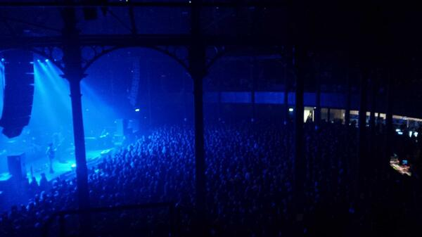 Never seen it this rammed @RoundhouseLDN for @3RDEYEGIRL #HitAndRunTourPartII #Prince http://t.co/fDgvG6L1si