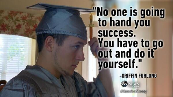 18-years-old & homeless, Griffin Furlong graduated from high school as the valedictorian today http://t.co/GS3JsnJeeF http://t.co/kAaE52Z64j