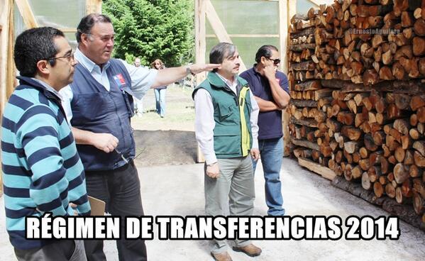 He aquí una foto exclusiva de las negociaciones que se llevan a cabo en el #draft #Transferencias14 cc. @SanCadilla http://t.co/Dgdv5MVSR4