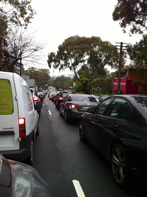Sydney traffic nightmare with Harbour Tunnel closed due to an accident #horrortraffic #sydneytraffic http://t.co/Se3mFRKRY0