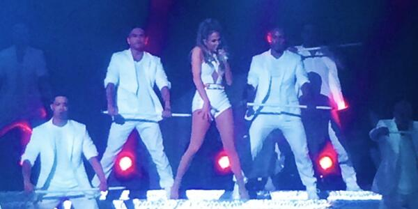 Such an amazing homecoming show! Our #WCW @JLO shutting it down for the #Bronx. #NeighborhoodSessions #JLOComingHome http://t.co/NFeMHReXuy