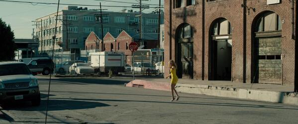Why yes, that is Paddy's Pub from @AlwaysSunnyFXX at 45 mins into @WalkofShameFilm with @ElizabethBanks. http://t.co/Vh43JZAJoL
