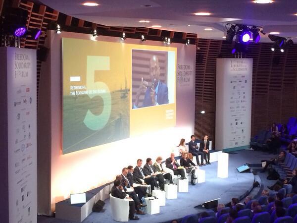 Navi Radjou on stage #innovation #FSFCaen http://t.co/bwSTcjdOIc