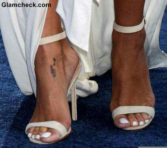 Rihanna S Feet Game Rihannadopefeet Twitter