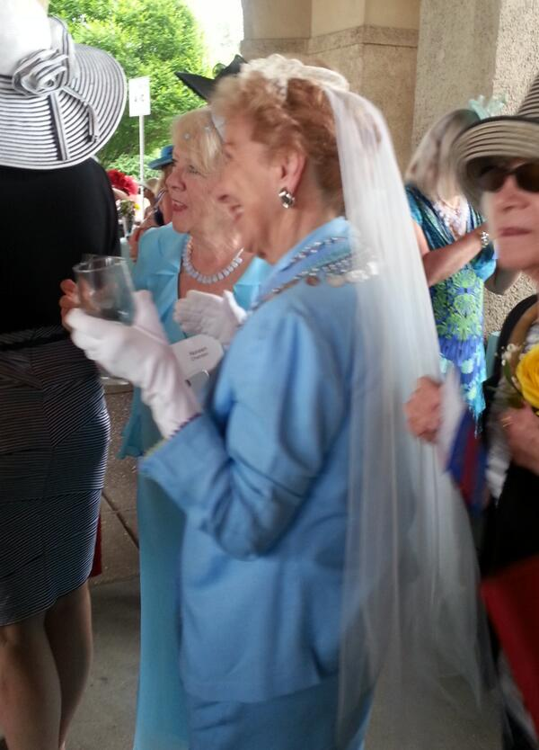 #HatsofftoForestPark I wonder if this is her original wedding veil. #ForestPark http://t.co/O4Wu1xLIIZ