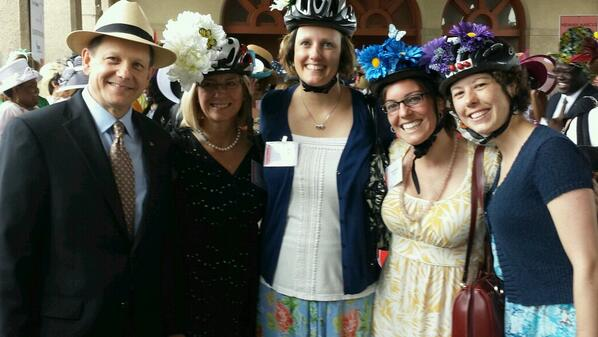 #WOW @forestpark4ever raised $346k and @MayorSlay is beaming proudly w/these city bike ladies! Dig the hats! http://t.co/TBRXGGhaEf