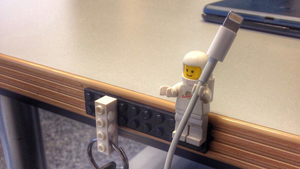 Did you know LEGO figures make the perfect cable holders? http://t.co/ELfcvAu4eg http://t.co/AKToEtXyDO