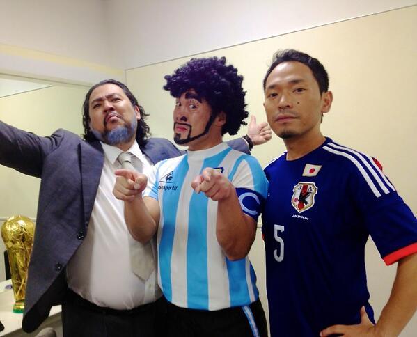 Mステ。ウカスカジー出演! 最強ハッピーバンドのコーラス隊は〜!? http://t.co/dkVZ0Mpkmf