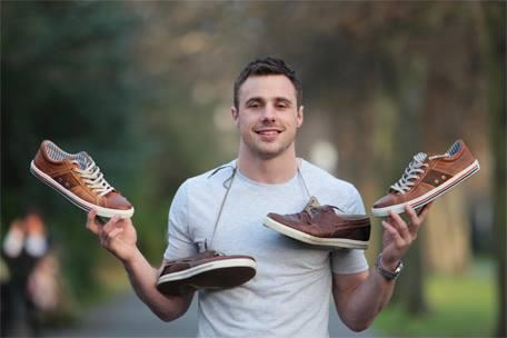 Fancy a pair of shoes from Tommy Bowe's Lloyd & Pryce Spring/Summer '14 collection? Retweet to win! http://t.co/K7rFC006tk