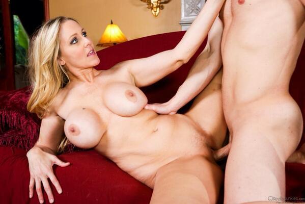 Julia Ann 5