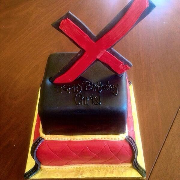 Strange Chris Brown On Twitter Awesome Belated Birthday Cake For Chris Personalised Birthday Cards Paralily Jamesorg