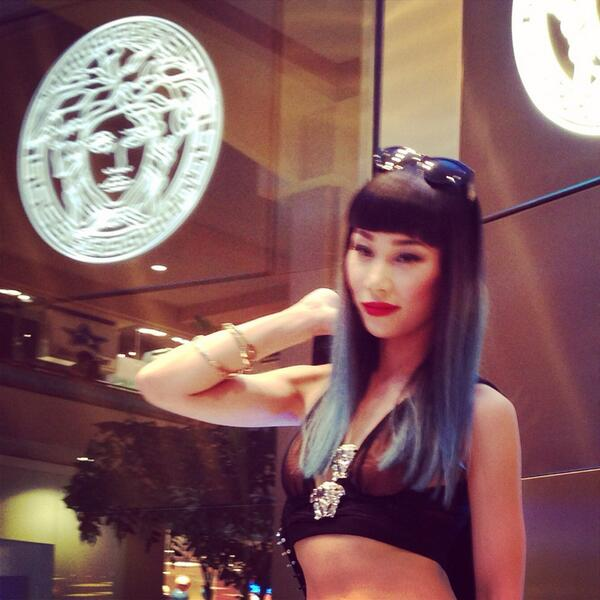 Mademoiselle Yulia  at the Versace grand opening party @AlaMoanaCenter http://t.co/jZWV45iDNg