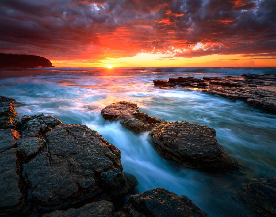 Twitter / ZaibatsuPlanet: Enticing The Light by AtomicZen ...