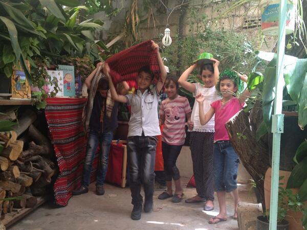 حكواتية صغار في رواد :) #jo http://t.co/HYqKYsq9uE