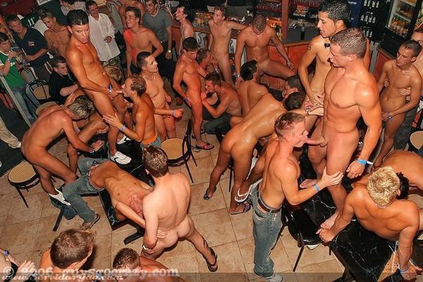 Girls yiking naked pornhub