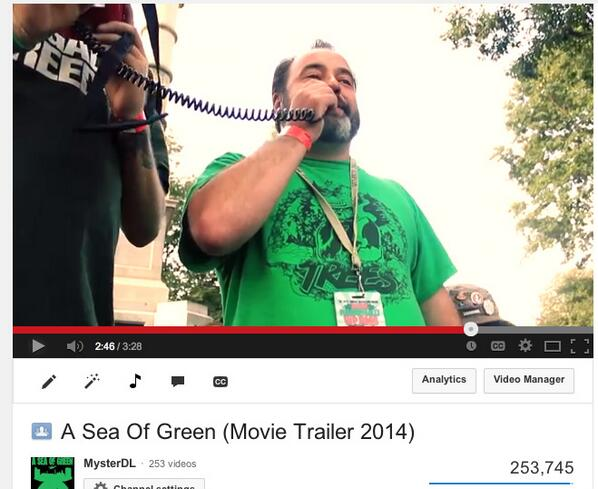 254,000 views in 3 months on the movie trailer for A SEA OF GREEN!! https://t.co/WiRtJgnvN0 Shout to @DannyDanko http://t.co/py3DcGsQ5Z