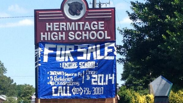 It appears the seniors at Hermitage High were in the pranking mood today. http://t.co/GTYDSvnZJf