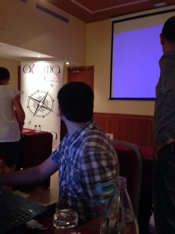 #aosmatic preparando las Tic para el taller en Málaga http://t.co/uPYo9aUyWx
