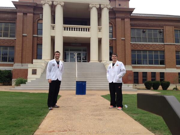 Hello Weatherford! These #OKState medical students are ready to talk #medschool at #OperationOrange. http://t.co/PwiRqpaDra