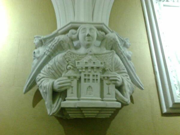One of the great pieces of plasterwork at abbottsford- a delight in every room! #ihbctweet http://t.co/ZLUU1FlLyj