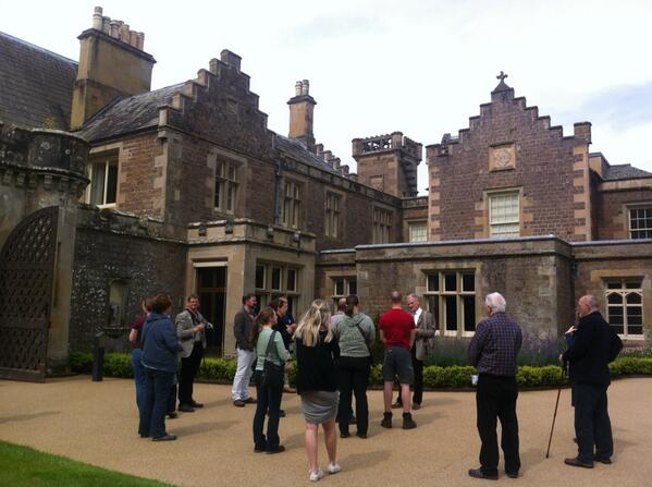 Abbotsford House with IHBC colleagues #ihbctweet http://t.co/KmUk1yFL0C