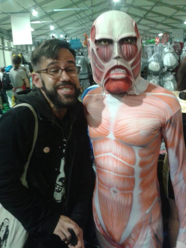 Miguel Martin On Twitter Attack Titan Selfie Troll At The Belfast Comic Con Tco YE2Onr2GWO