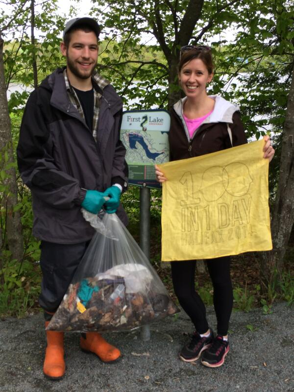 First Lake Cleanup is looking like a success! #100in1DayHfx #Halifax http://t.co/2ybleWWM45