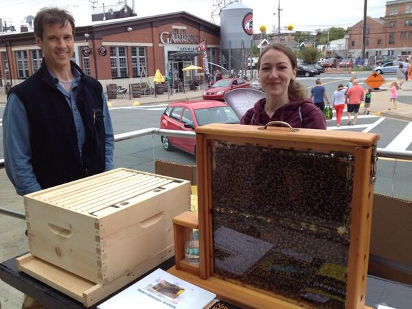 RT @LocalTasteTrs: Become a bee-person!! @100in1dayHFX @HfxSeaportMrkt http://t.co/2TNOWl9KqR